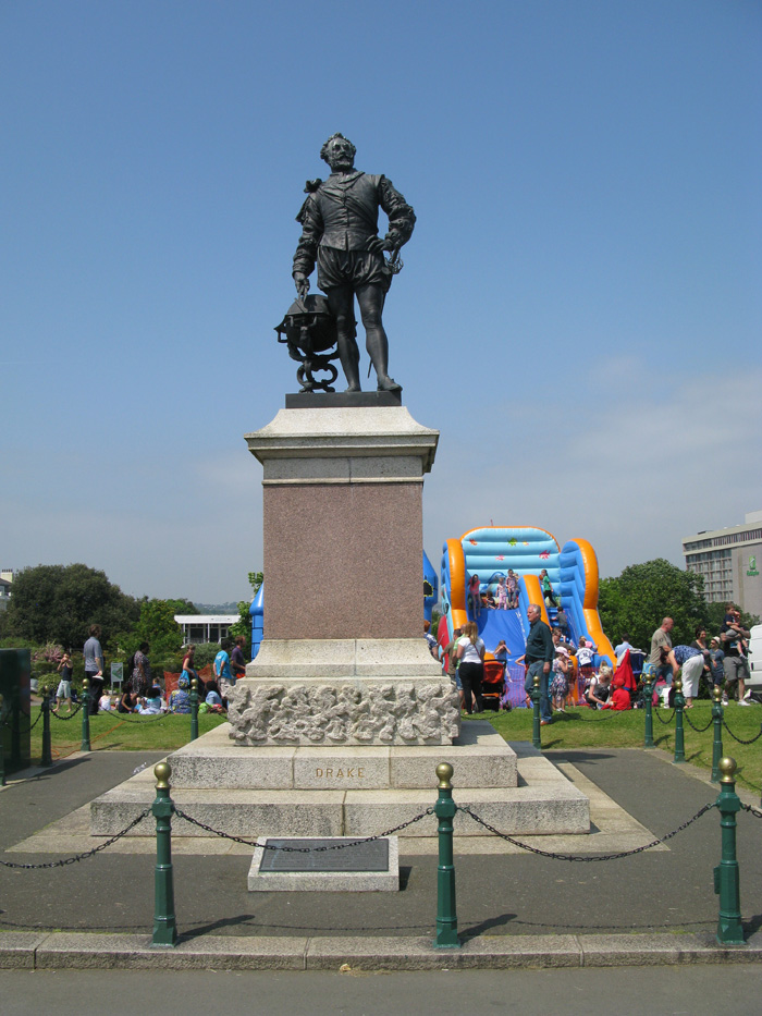 Plymouth - The Hoe - Sir Francis Drake